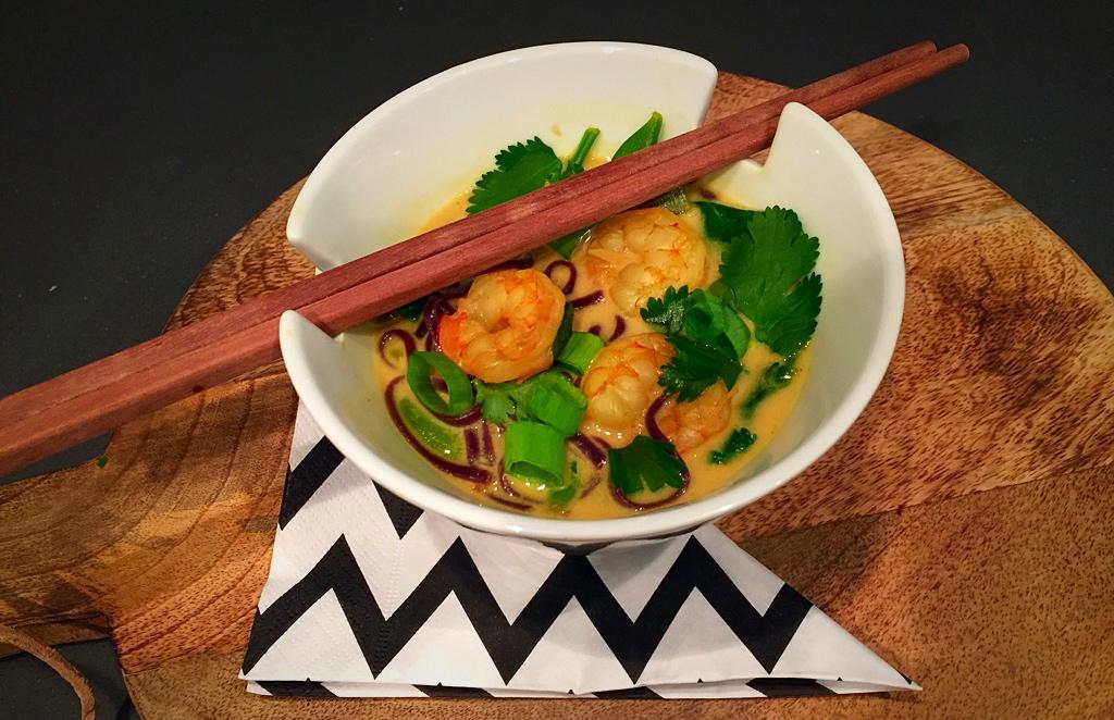 Thaise noedelsoep met garnalen