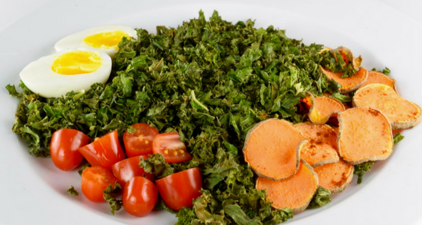 crispy boerenkool salade